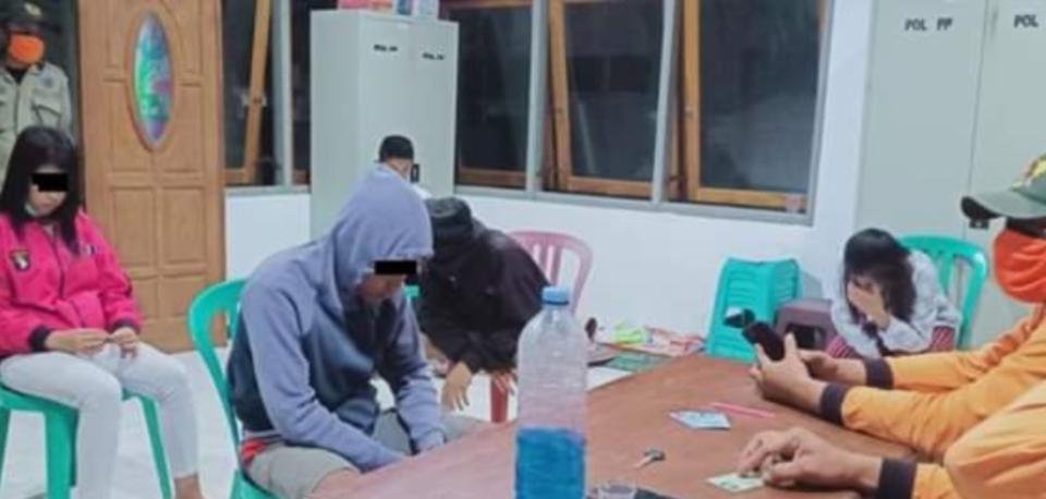 Pesta Miras di Kos Kediri, 12 Anak Muda Digaruk Satpol PP