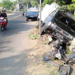 Lawan Arus, Kakek Ibrahim Tewas Tertabrak Pikap Boks di Jombang