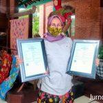 Pengrajin Galeri Pesona Batik Jombang Bikin Inovasi Motif Besutan