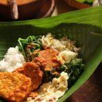 Ke Kota Kediri, Gubernur Khofifah Kenalkan Nasi Pecel Sambal Tumpang