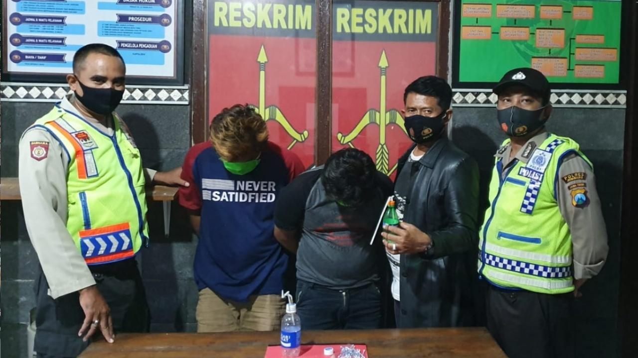 Polisi Gerebek Dua Karyawan Swasta Pesta Sabu di Mojowarno Jombang