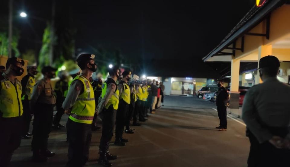 Polres Jombang Gencarkan Patroli Protokol Kesehatan di Malam Hari