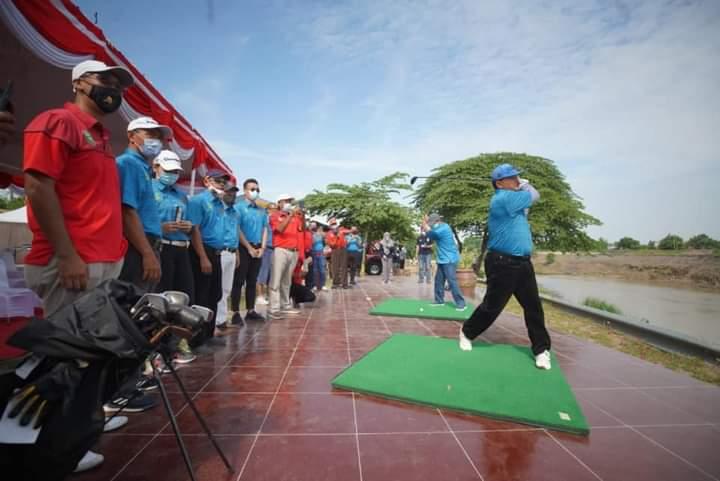 Lokasi Menantang, Area Golf di Bantaran Kali Madiun Diresmikan