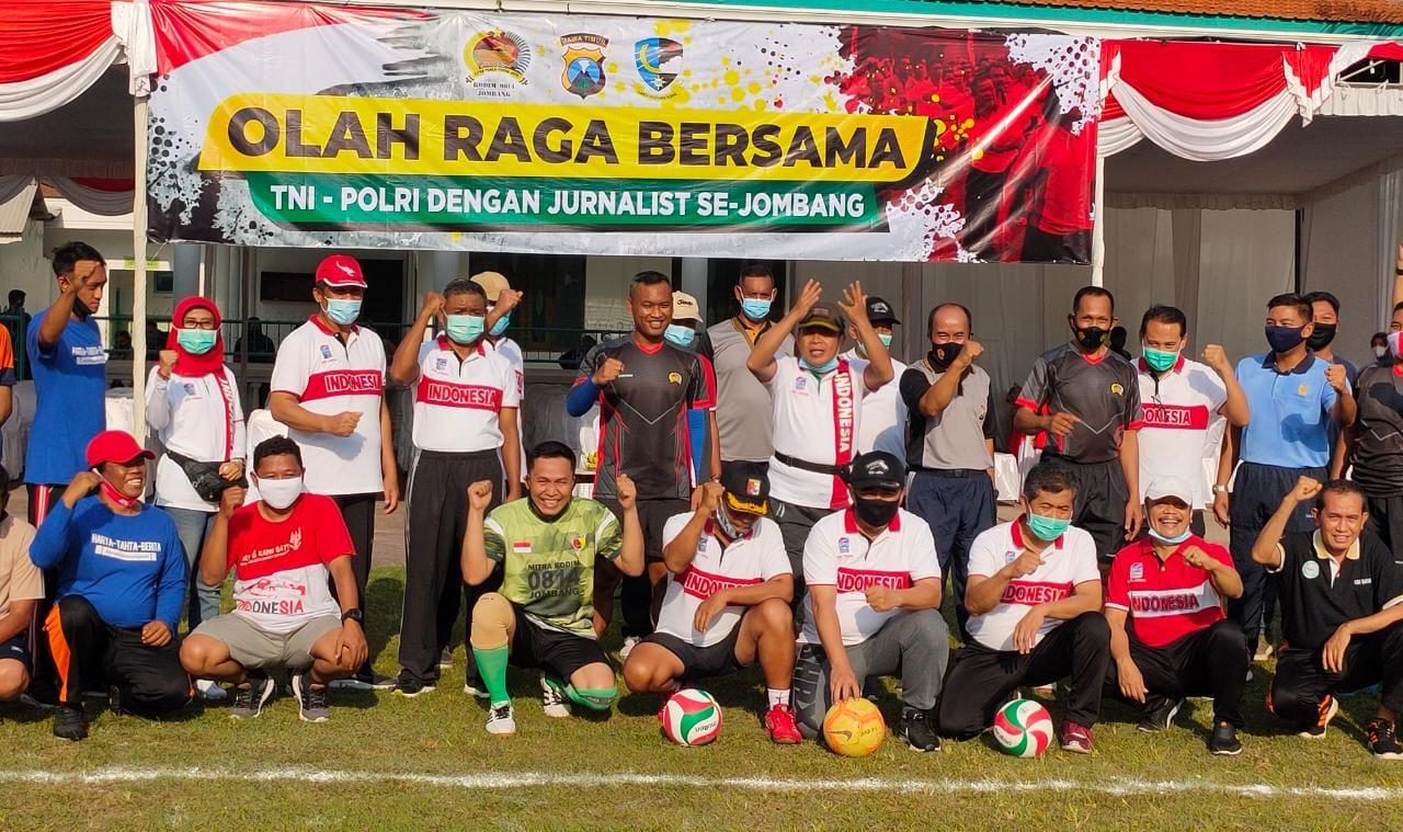 Jalin Kebersamaan, 3 Pilar Kabupaten Jombang Olahraga Bersama Jurnalis