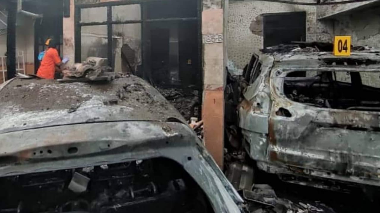 Polisi Selidiki Terbakarnya Rumah Pegawai Dinas Kesehatan Tulungagung