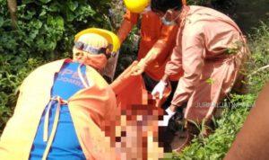 Laki-laki Tanpa Baju Ditemukan Meninggal di Parit Sawah Ngoro Jombang