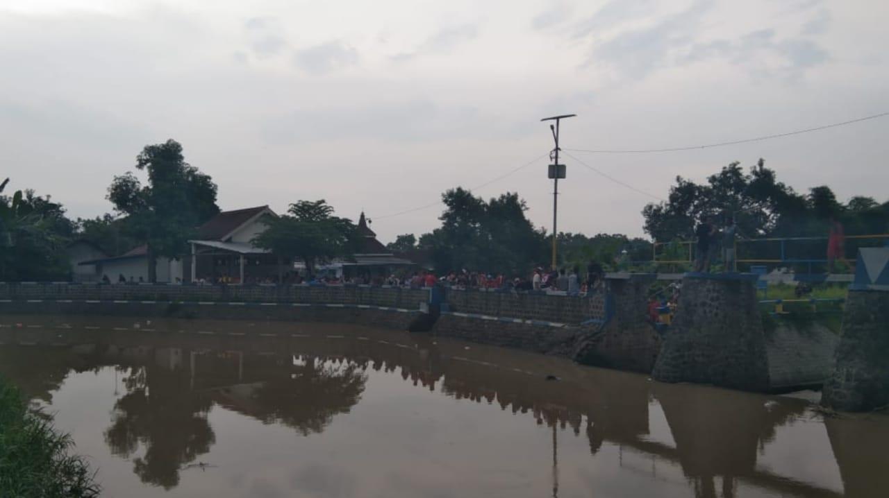 Pencarian Pelajar Tenggelam di Sungai Mojoagung Jombang Dihentikan