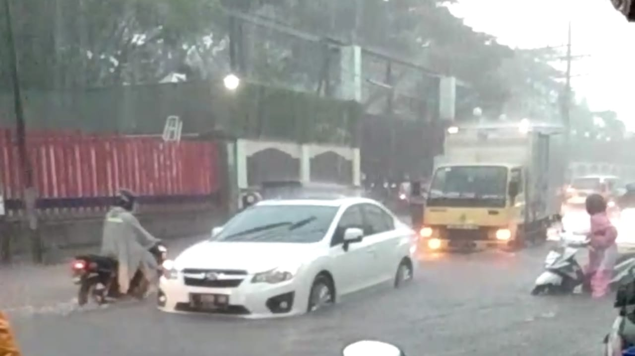 Diguyut Hujan, Sejumlah Wilayah di Kota Kediri Terendam Banjir