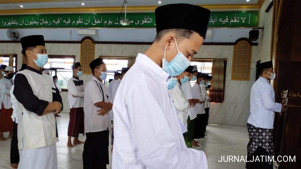 Santri di Jombang Gelar Salat Gaib Untuk Pemuka Agama Sekh Ali Jaber