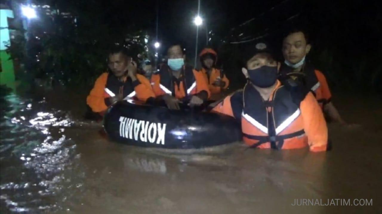 Hujan Lima Jam, 60 Rumah Warga di Jombang Terendam Banjir