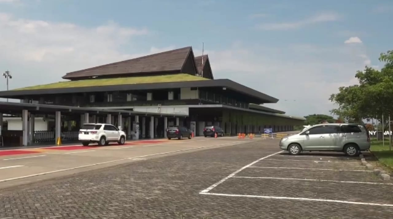 Bandara Banyuwangi Ditutup Sementara Karena Terdampak Abu Vulkanik