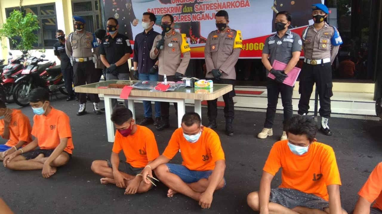Beraninya Main Keroyokan, Delapan Pemuda Nganjuk Diringkus Polisi