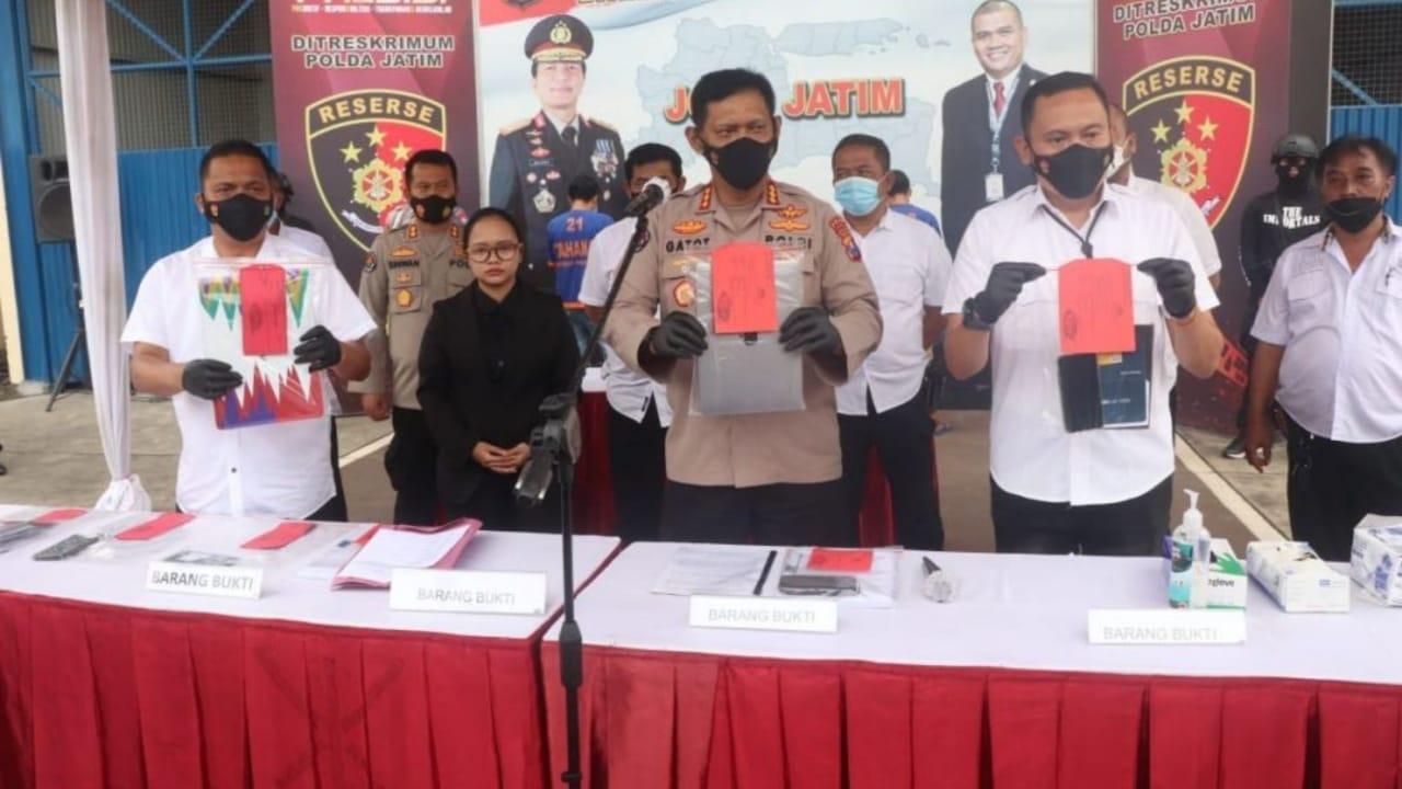 Polda Jatim bekuk sindikat penyelundup kendaraan bodong ke Timur Leste