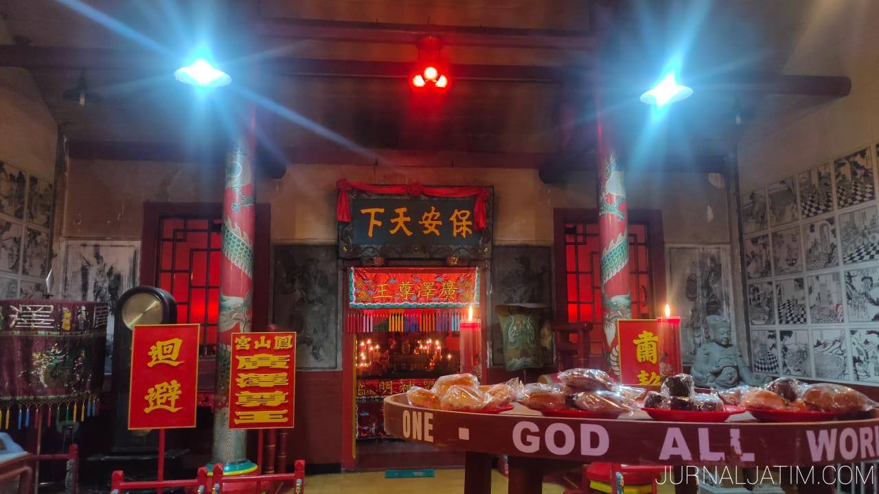 Kelenteng Hong San Kiong Jombang Sambut Dewa Turun Tanpa Barongsai