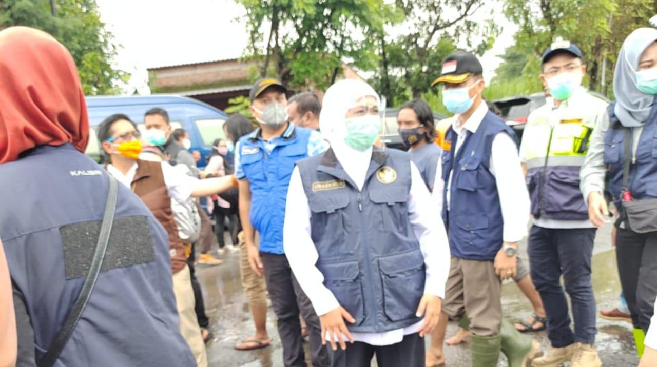 Gubernur Jatim Tinjau Lokasi Banjir di Bandarkedungmulyo Jombang