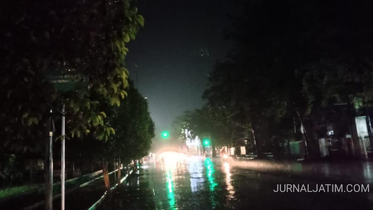 Zona Merah COVID-19, Pemkab Jombang Padamkan Lampu Jalan Umum