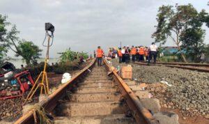 Jalur Tergerus Banjir Jakarta, 6 Perjalanan KA Melintasi Daop 7 Dibatalkan