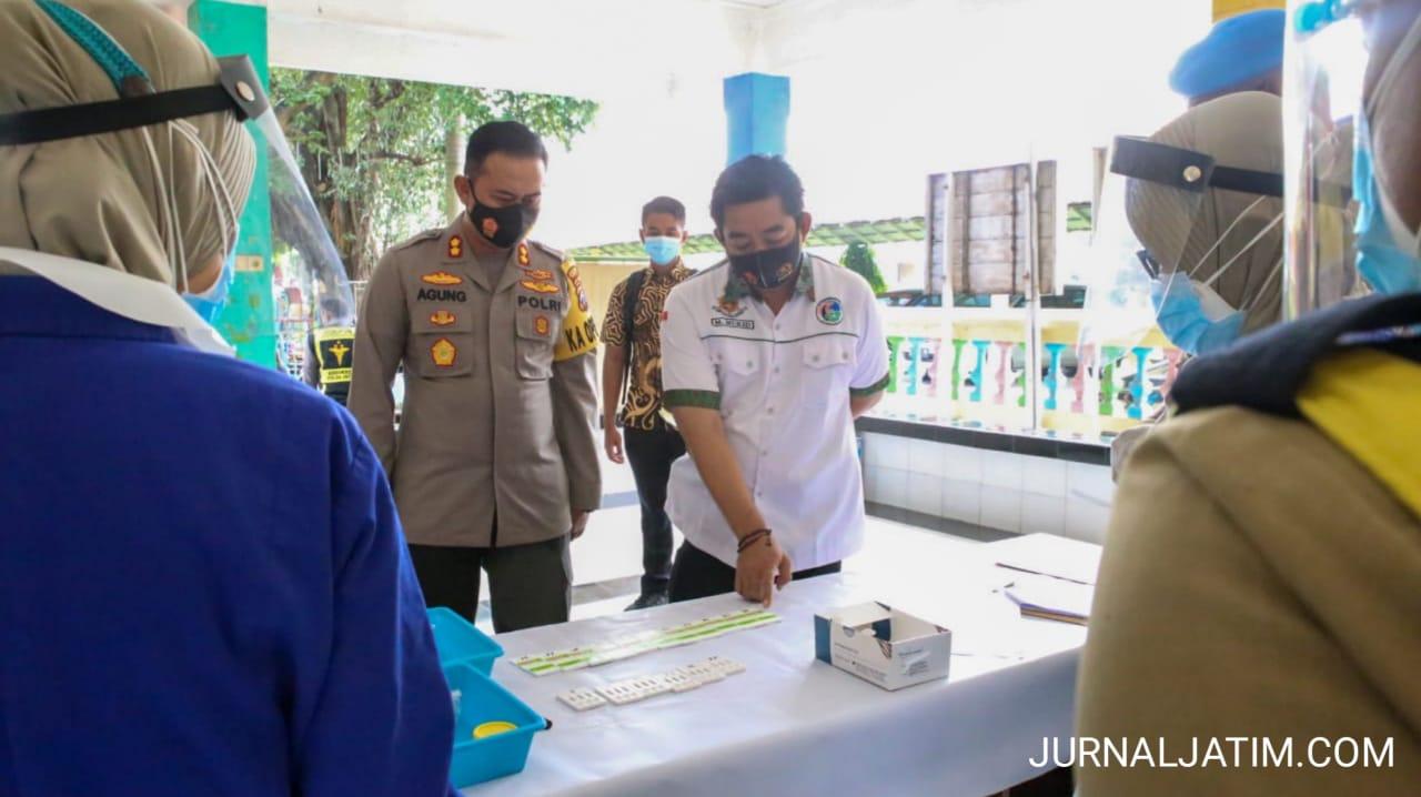Cegah Kejadian Kapolsek Astanaanyar, Polres Jombang Tes Urine Personel