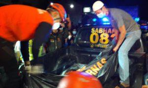 Tembok Gudang di Guyangan Nganjuk Ambruk Timpa 5 Rumah, Satu tewas