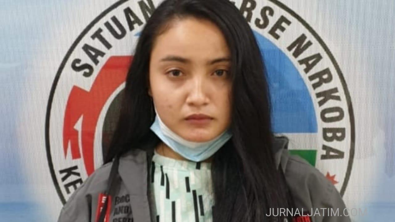 Cewek Sidoarjo terlibat peredaran sabu di Jombang, terancam 20 tahun penjara