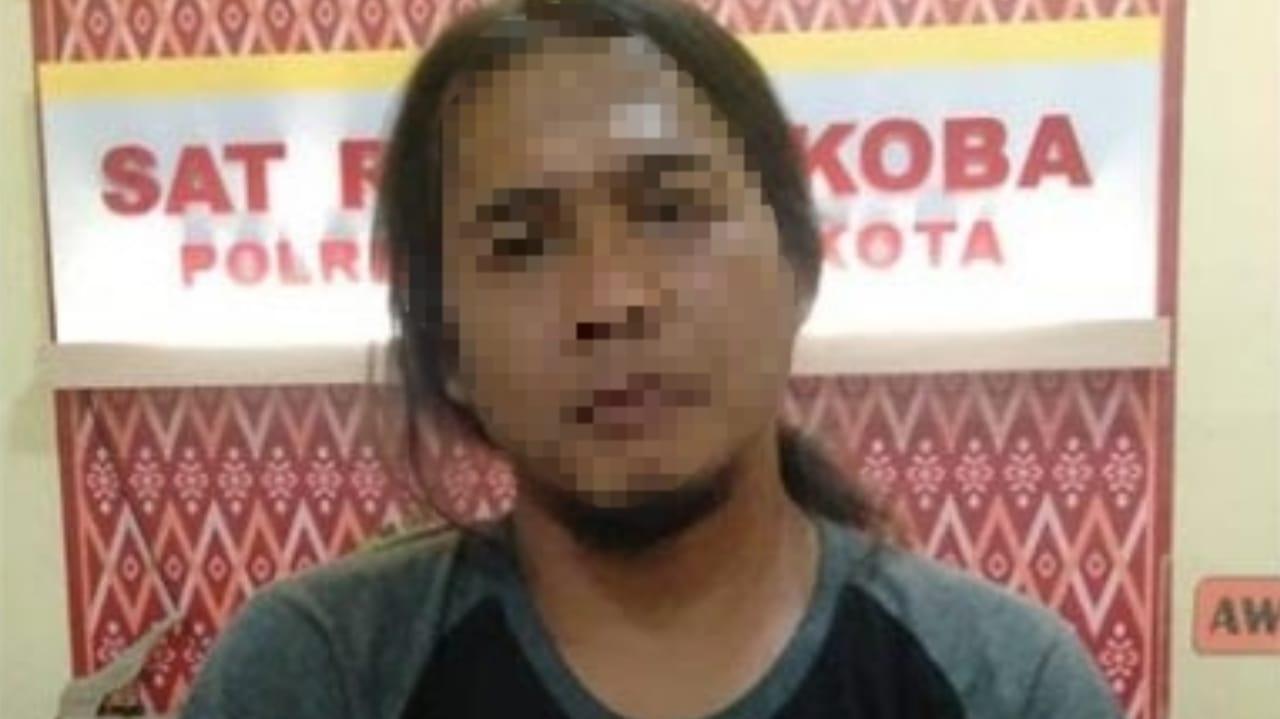 Warga Banyakan Kediri Simpan Sabu di Halaman Rumah Ditutupi Batako