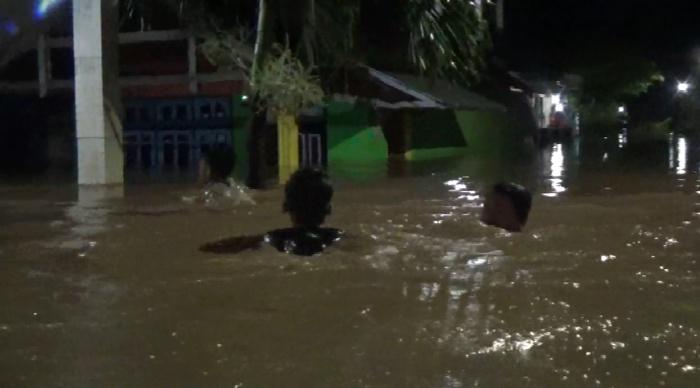 Diguyur Hujan Semalam, Tiga Kecamatan di Jombang Terendam Banjir