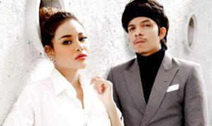 Selebritas Atta-Aurel resmi jadi suami istri disaksikan Jokowi dan Prabowo