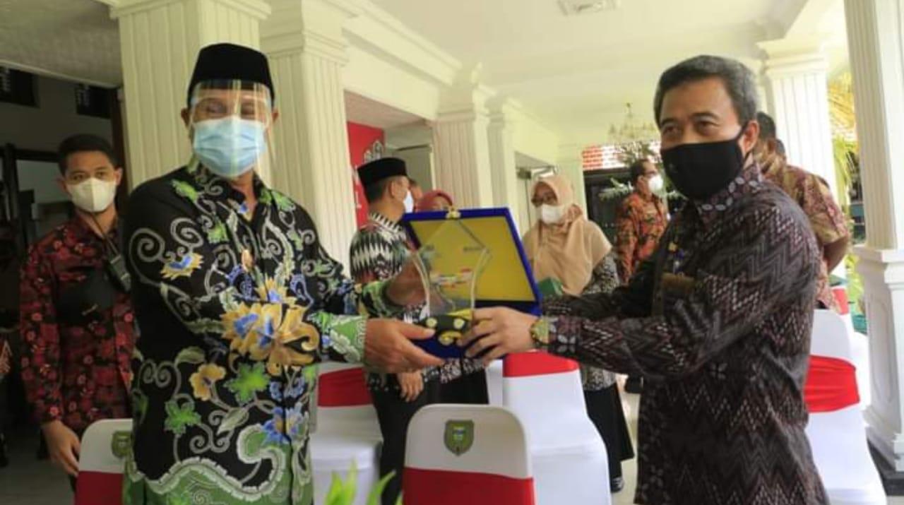 Pemkot Madiun Sinergi Dengan Bulog Program Lapak UMKM 27 Kelurahan