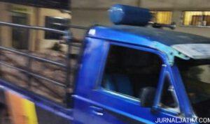 Sopir Pikap Diamankan Karena Angkut Kayu Jati Ilegal di Nganjuk