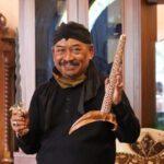 Habiskan Uang Miliaran, Kades di Jombang Koleksi 1300 Pusaka Keris