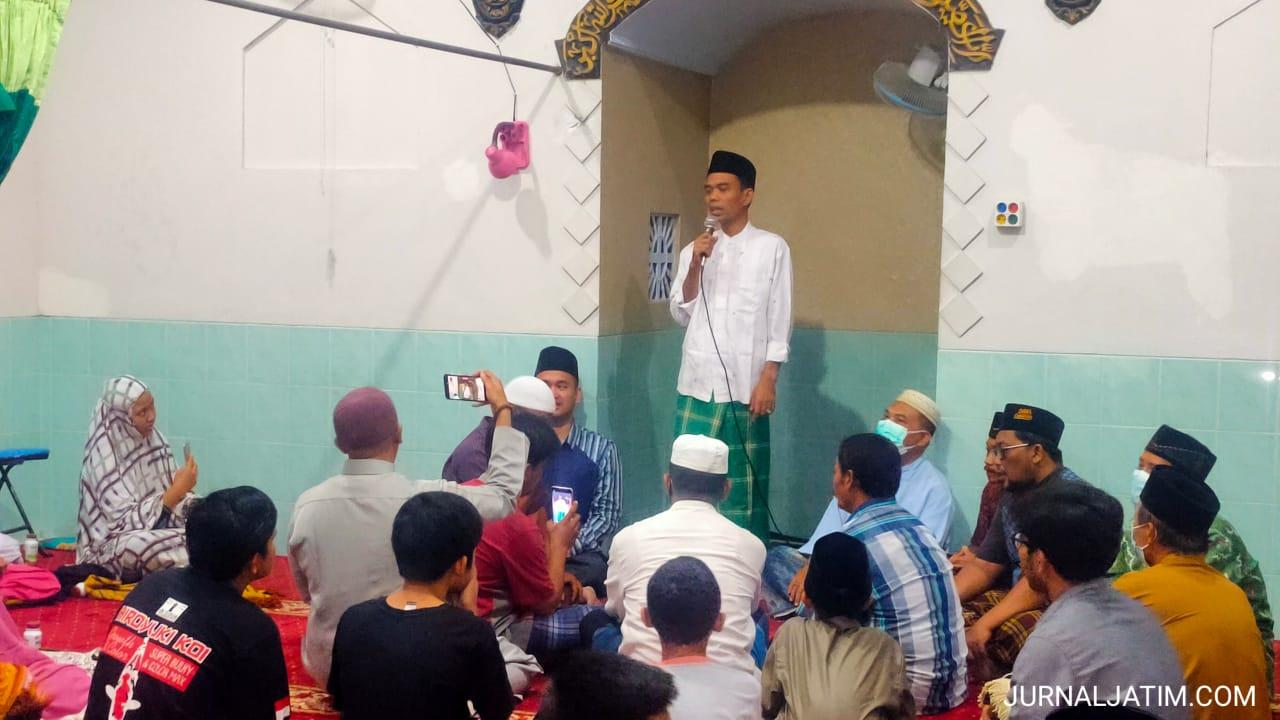 Ustaz Abdul Somad Diminta Mertua Jadi Imam Salat Tarawih di Jombang