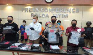 Polda Jatim Bongkar Sindikat Pembuat Surat Keterangan Bebas COVID-19
