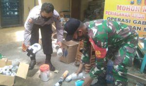 Polisi Amankan Puluhan Petasan Ukuran Paha Orang Dewasa di Jombang