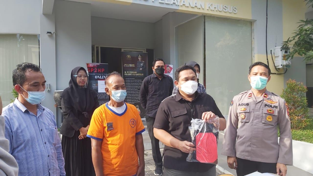 Dasar Bejat, Kakek Bau Tanah Tega Setubuhi Gadis 30 Kali di Surabaya