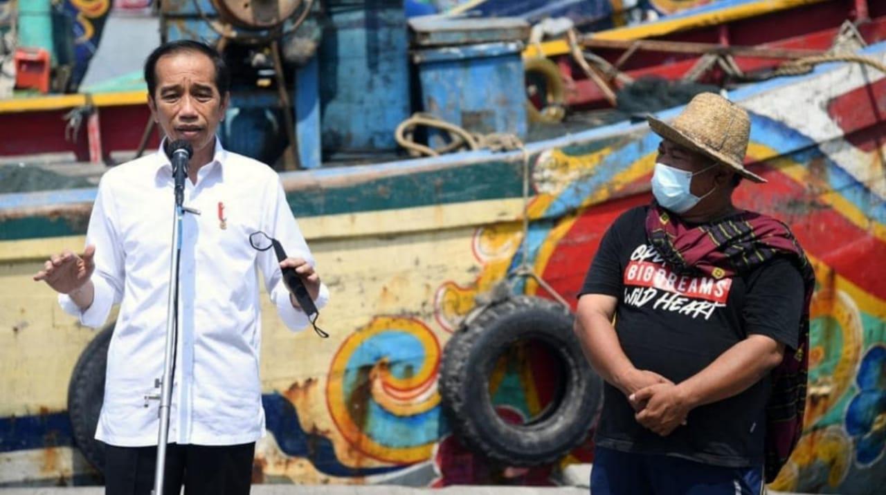 Jokowi Sanggupi Permintaan Nelayan Pengerukan Pelabuhan di Brondong