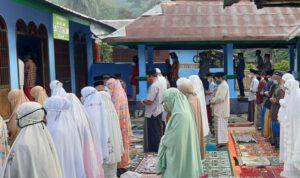 Muslim Aboge di Probolinggo Laksanakan Salat Ied Hari Ini