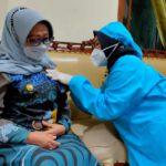 Bupati Jombang Terima Suntikan Vaksin AstraZeneca Dosis Kedua