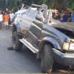 Tiga Penumpang Panther Tewas Kecelakaan Tabrak Truk di Pantura Tuban