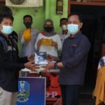 Tiga Orang Asal Nganjuk Terima Bantuan Alat Wirausaha dari Dinsos Jatim