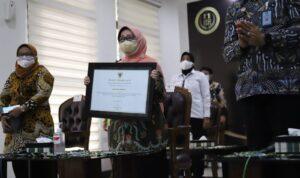 Kali Pertama Kabupaten Jombang Peroleh Penghargaan KPAI 2021