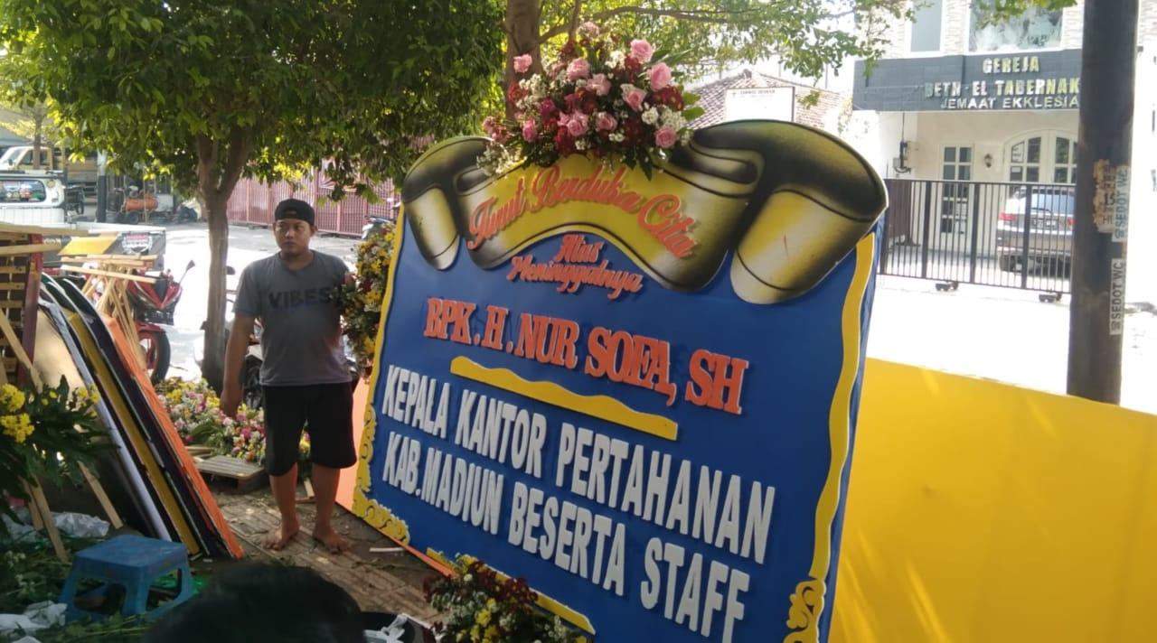 Masa PPKM Darurat, Pesanan Karangan Bunga Dukacita di Jombang Naik