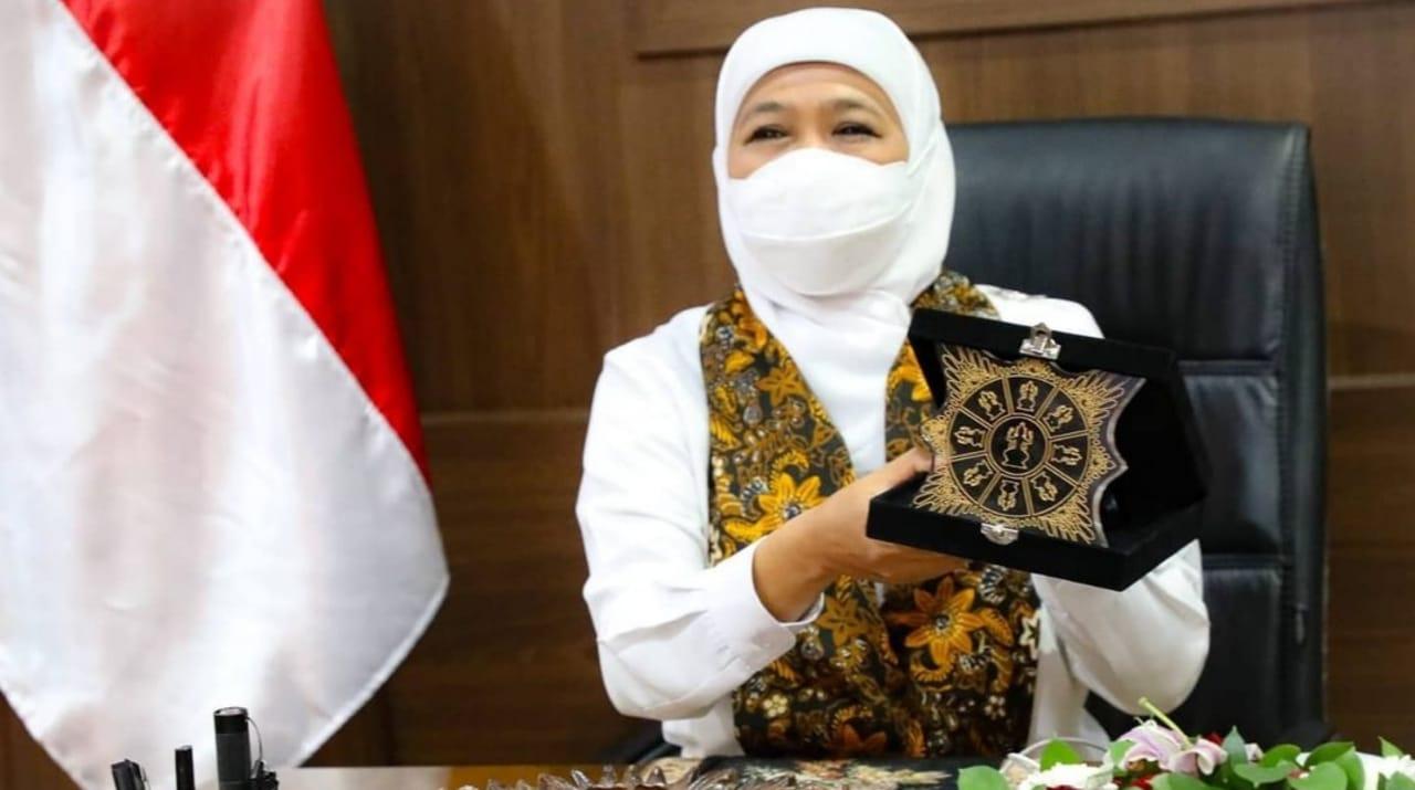Gubernur Jatim Kenalkan Plakat Majapahit, Diduga Pernah Jadi Simbol Negara