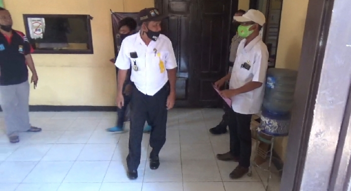 Tak Dikasih Hadiah Lomba, Pria di Jombang Mengamuk Menyerang Kades