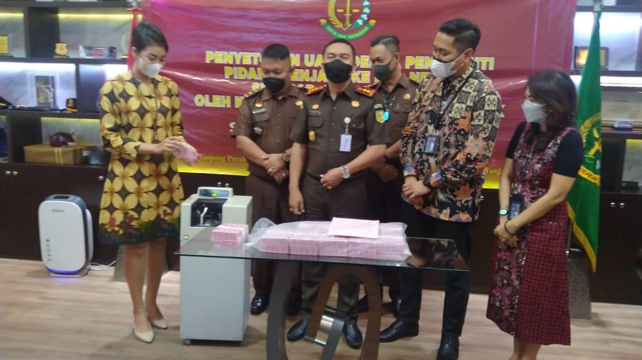 Terpidana Narkoba di Surabaya Bayar Denda Rp1 Miliar ke Negara