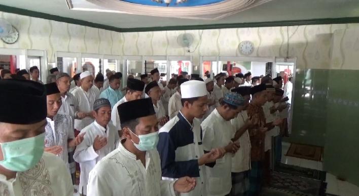 Penghuni Lapas Jombang Salat Gaib Doakan Korban Kebakaran Tangerang