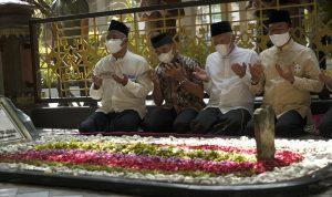 Ziarah Makam Gus Dur dan Nostalgia Masa SMA KSP Moeldoko di Jombang