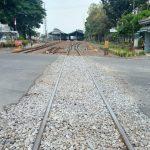 Nanti Malam Rel Kereta Api Diganti, Jalan Wahid Hasyim Jombang Ditutup
