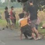 Viral Video Tawuran Remaja di Jombang, Ditendang dan Dipukuli di Jalan