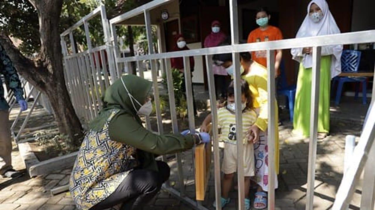 Pendidikan Anak-anak di Tempat Isolasi Terpadu Kediri Berjalan Lancar
