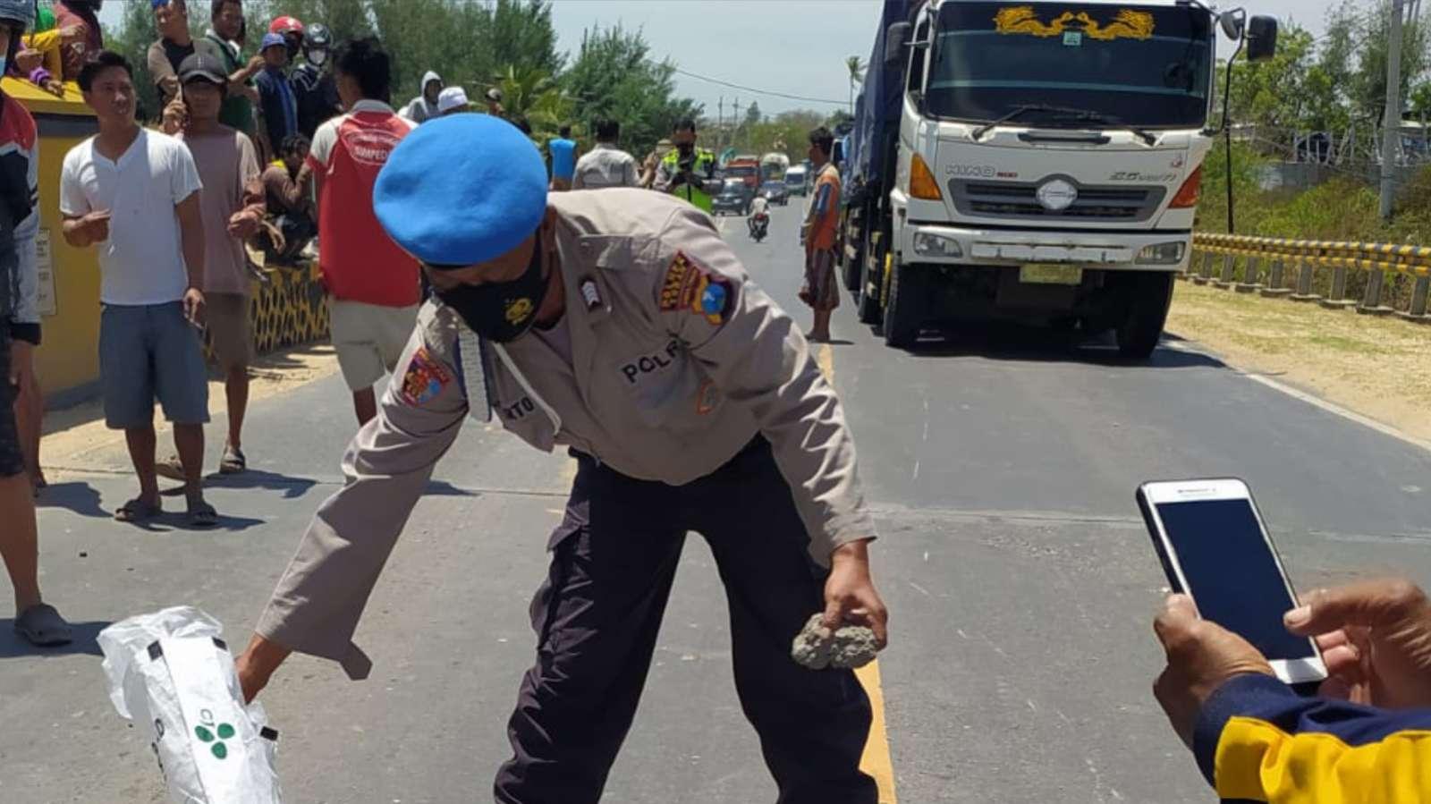 Pelajar Tuban Meninggal Tertabrak Dump Truk Saat Perjalanan ke Sekolah